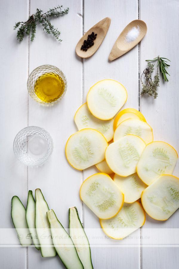 antipasti aus zucchini selber machen food vegetarisch. Black Bedroom Furniture Sets. Home Design Ideas