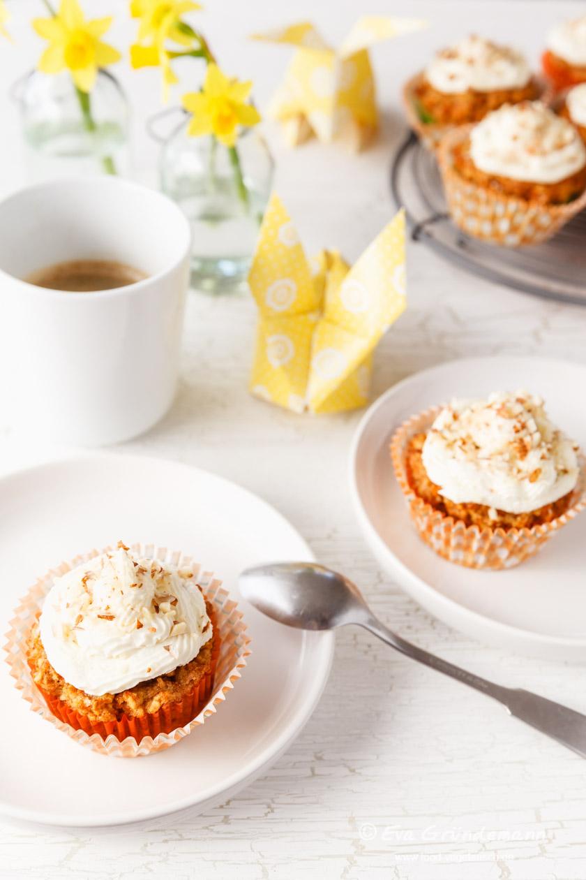 Glutenfreie Cupcakes mit Karotten und Kokosnuss