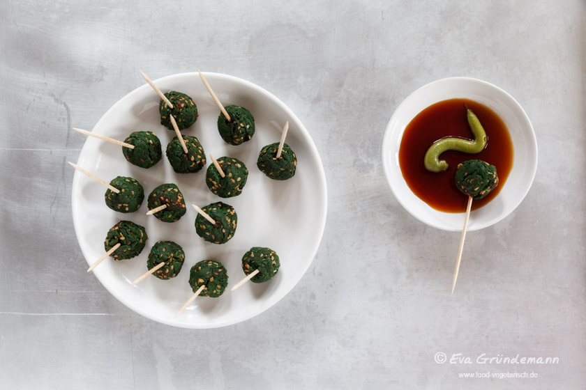 Spinach and Sesame Balls | Spinat-Sesam-Bällchen | food-vegetarisch