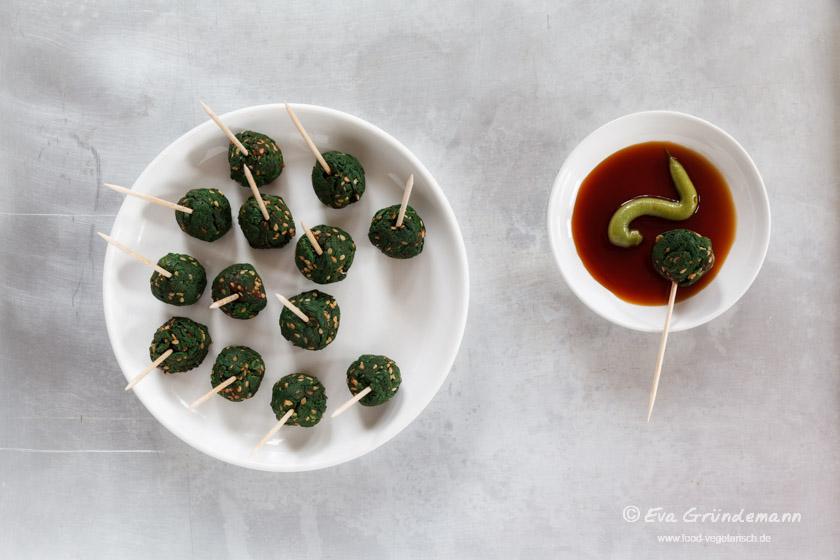Spinach and Sesame Balls | Spinat-Sesam-Bällchen | food-vegetarisch