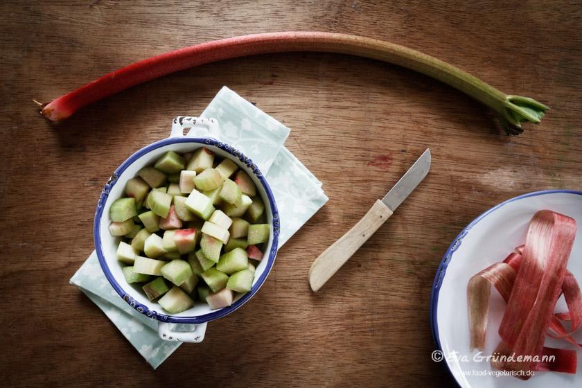Rhubarb Compote | Rhabarberkompott | food-vegetarisch.de