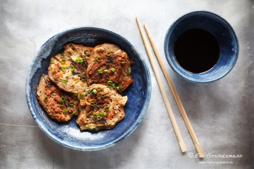 Rezept für japanische Buchweizenpfannkuchen mit Gemüse | food-vegetarisch.de