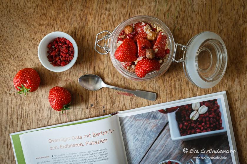 Clean Eating | Overnight Oats mit Erdbeeren | food-vegetarisch.de