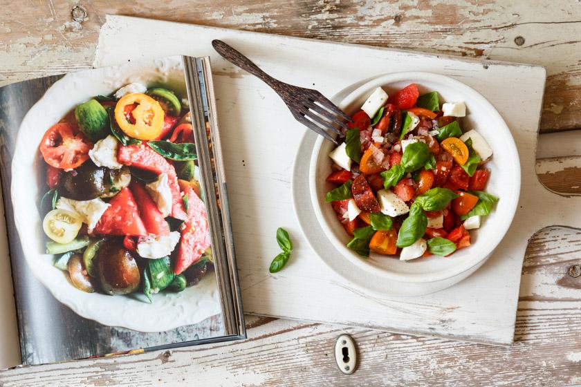 Tomaten-Melonen-Salat (S. 98)