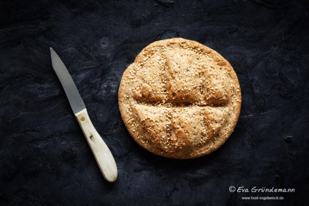 Vollkorn-Dinkel-Fladenbrot | FOOD VEGETARISCH