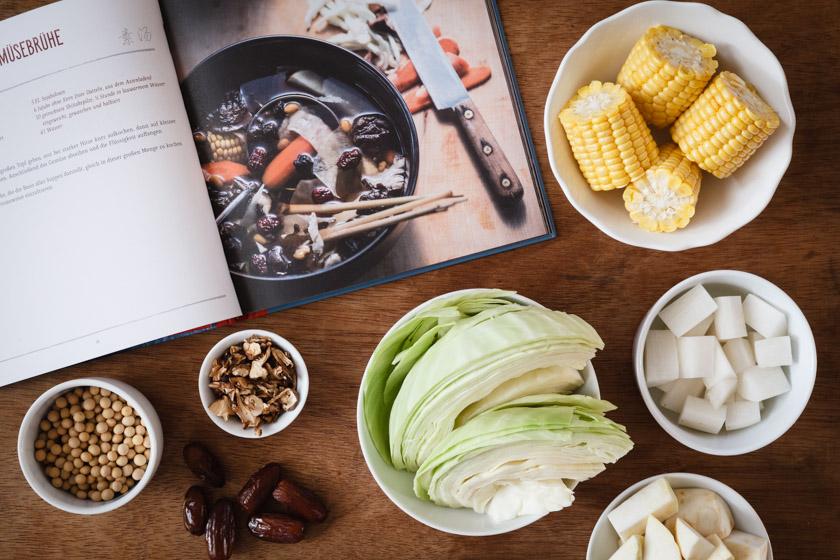 Zutaten für Gemüsebrühe | FOOD VEGETARISCH