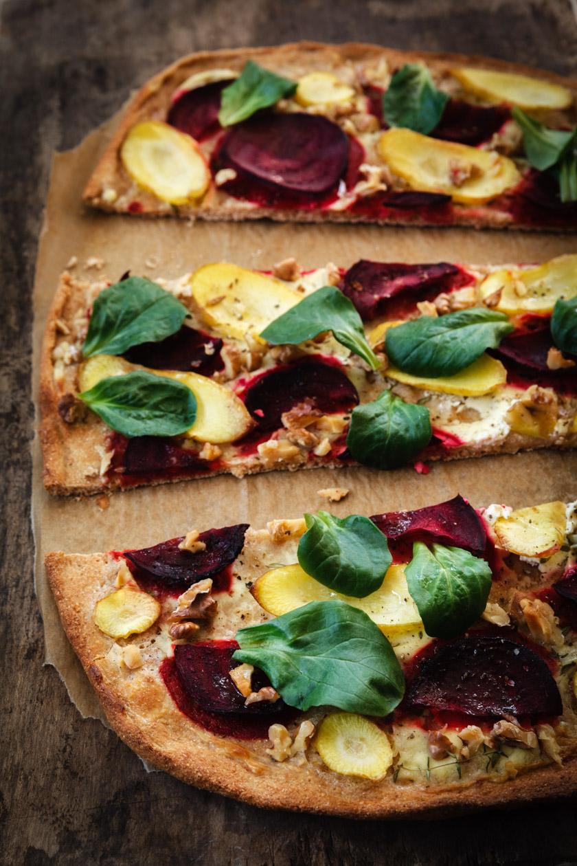 Rote Bete Vollkorn-Flammkuchen | FOOD VEGETARISCH