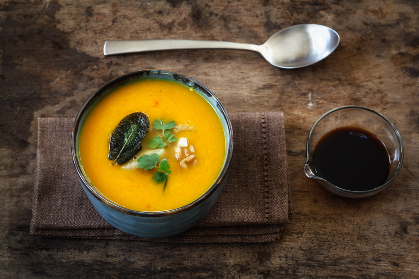 Vegane Kürbis-Karotten-Suppe | FOOD VEGETARISCH