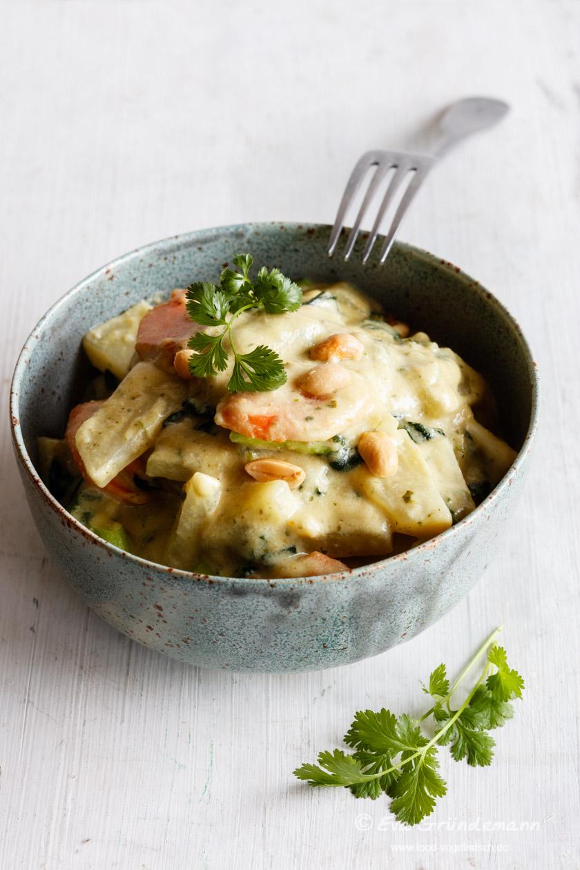 Erdnuss-Gemüse-Currry